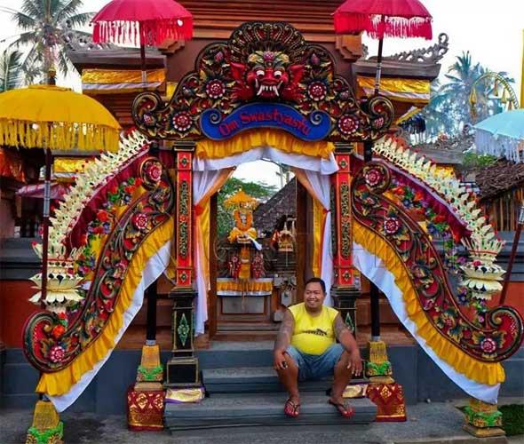 temple-door